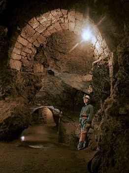 höhle der zeit